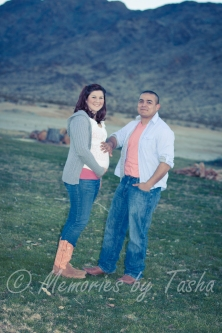 Twentynine Palms Photographer - Maternity Photography - Gender Announcement Photography-32