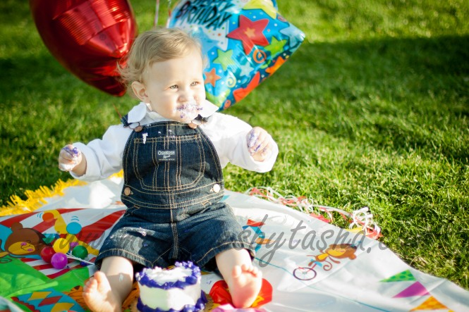 Twentynine Palms Photographer - Cake Smash Photography - Children's Photographer-28