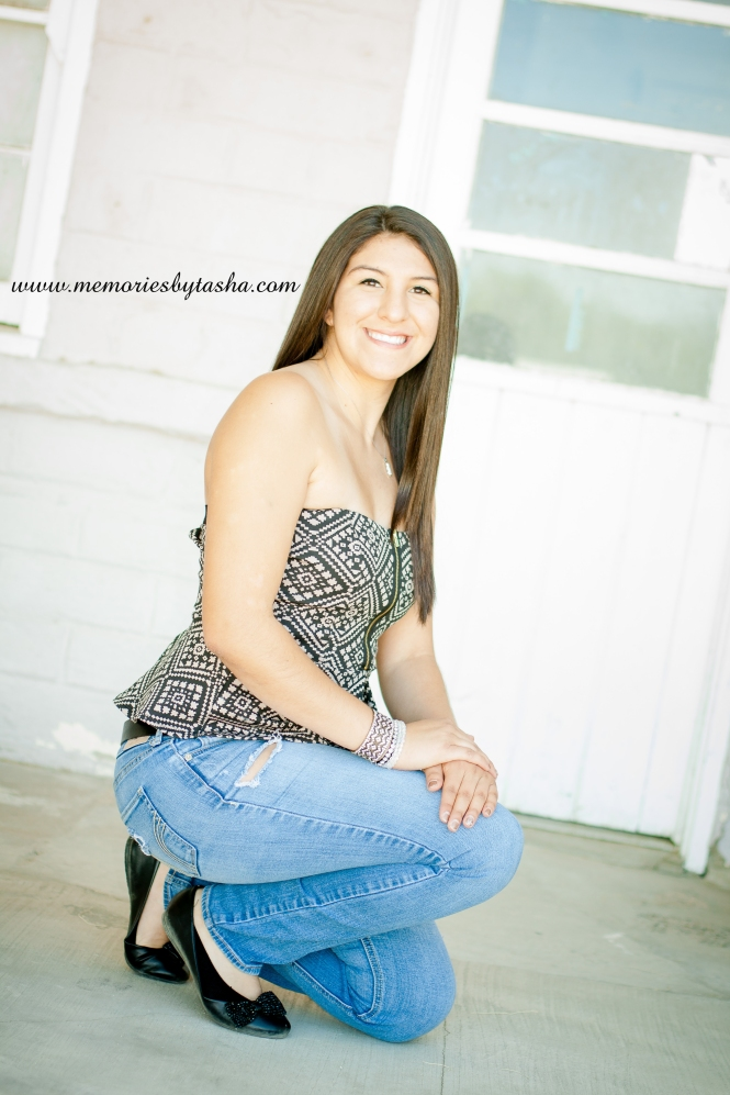 Twentynine Palms Photographer - Senior Portraits - Joanna-14 copy