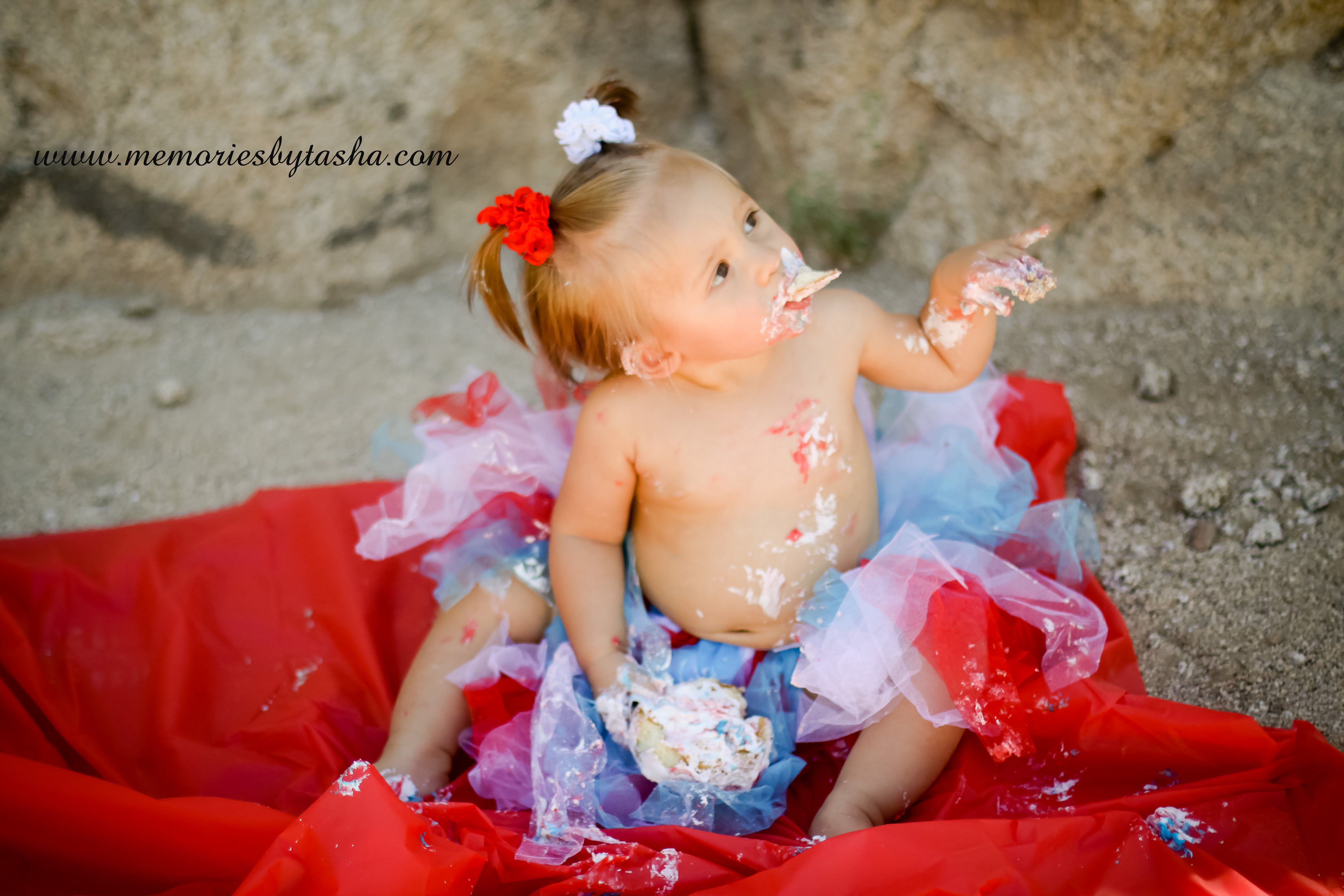 Twentynine Palms Photographer - Couples Photography - Family Photography - Children's Photography - Cake Smash-01