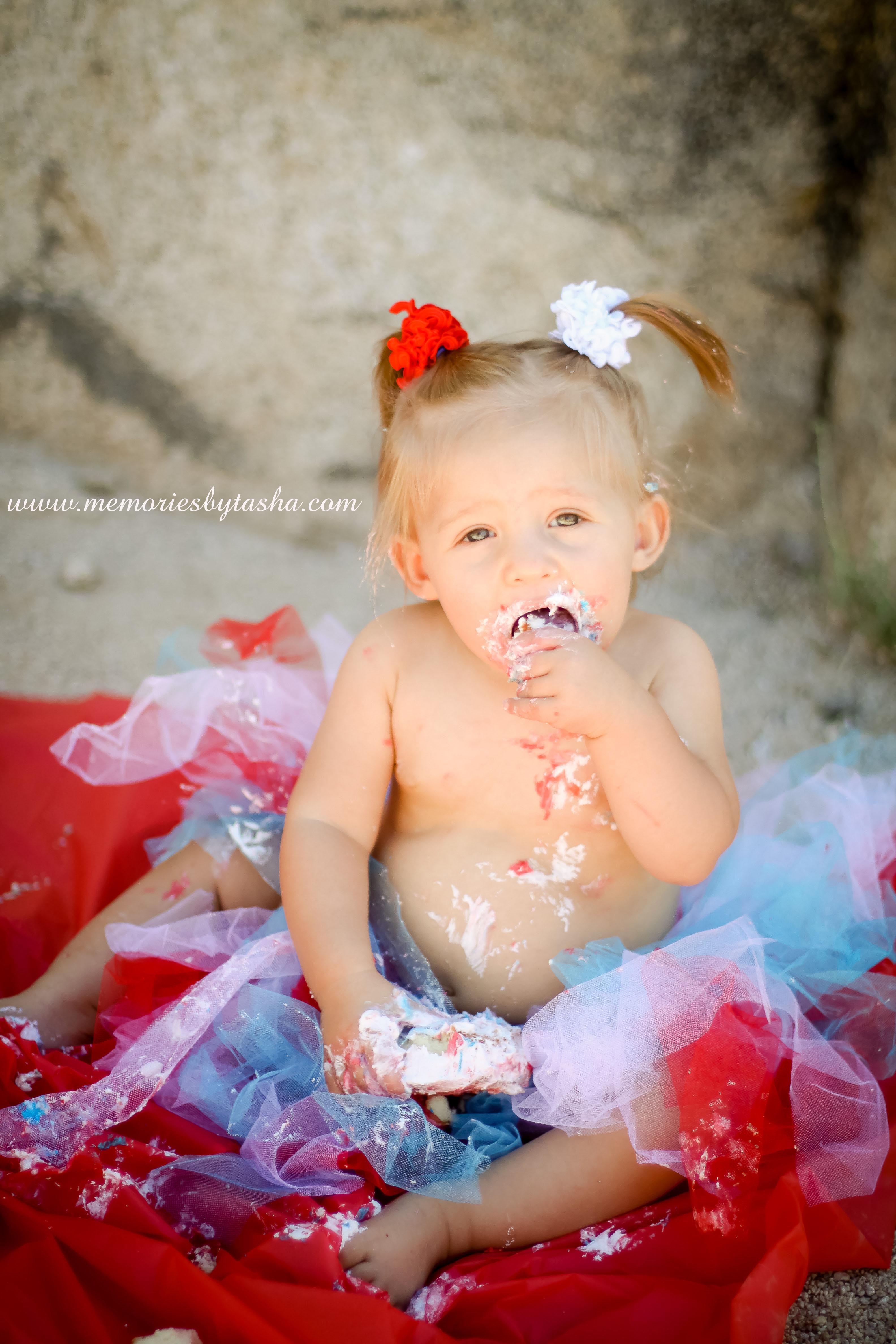 Twentynine Palms Photographer - Couples Photography - Family Photography - Children's Photography - Cake Smash-02
