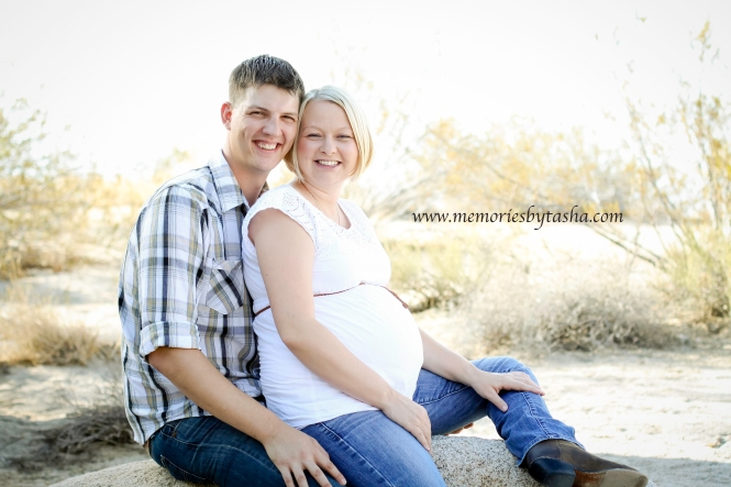 Twentynine Palms Photography - Maternity Sessions - Family Sessions 5